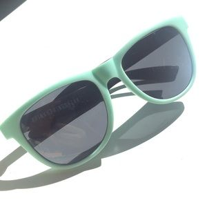 Victoria's Secret PINK Sunglasses - Mint